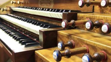 organ_keyboards_3
